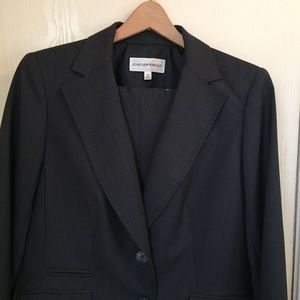 Jones New York dark grey business pant suit